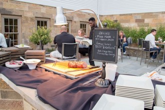 events-outdoor-buffet-setup-2