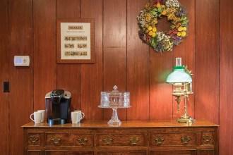 hearth-room-buffet-detail