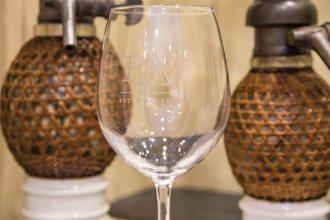 puzzle-room-wine-glass
